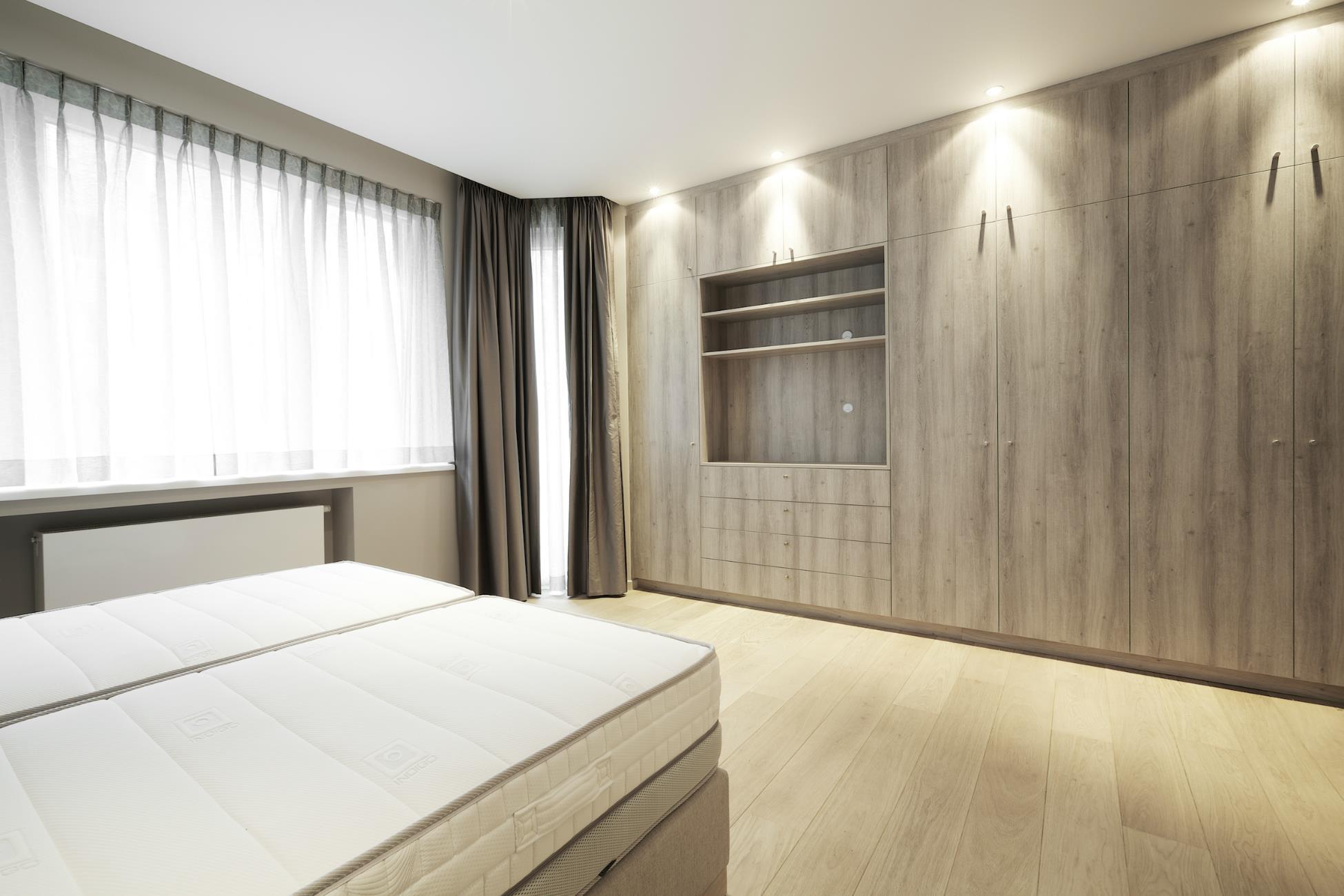 renov management entreprise g n rale de r novation. Black Bedroom Furniture Sets. Home Design Ideas